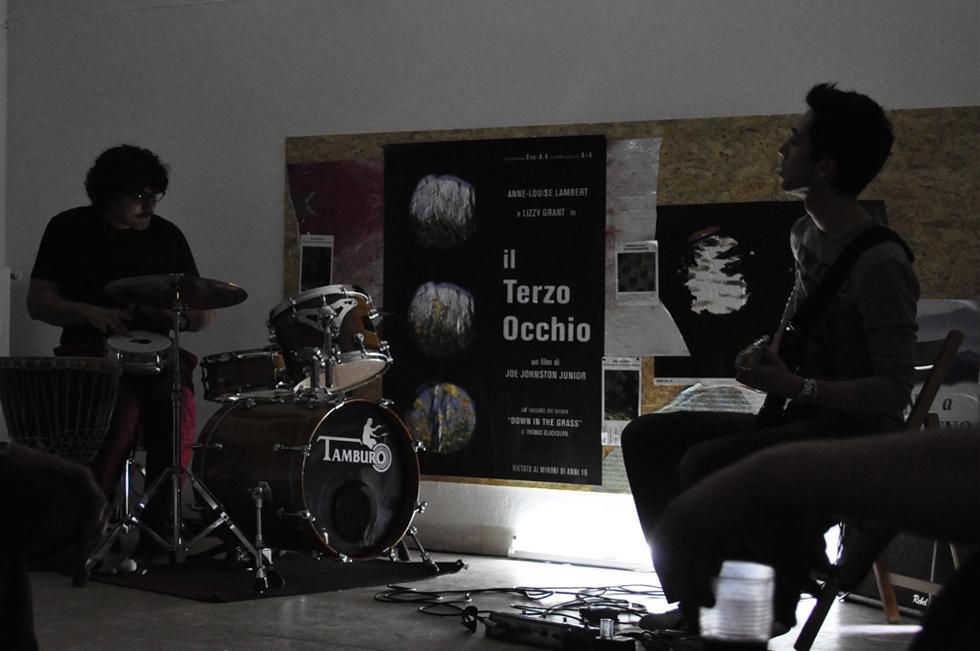 Two in One Project #3, inaugurazione, live di Gabriele Salvaterra